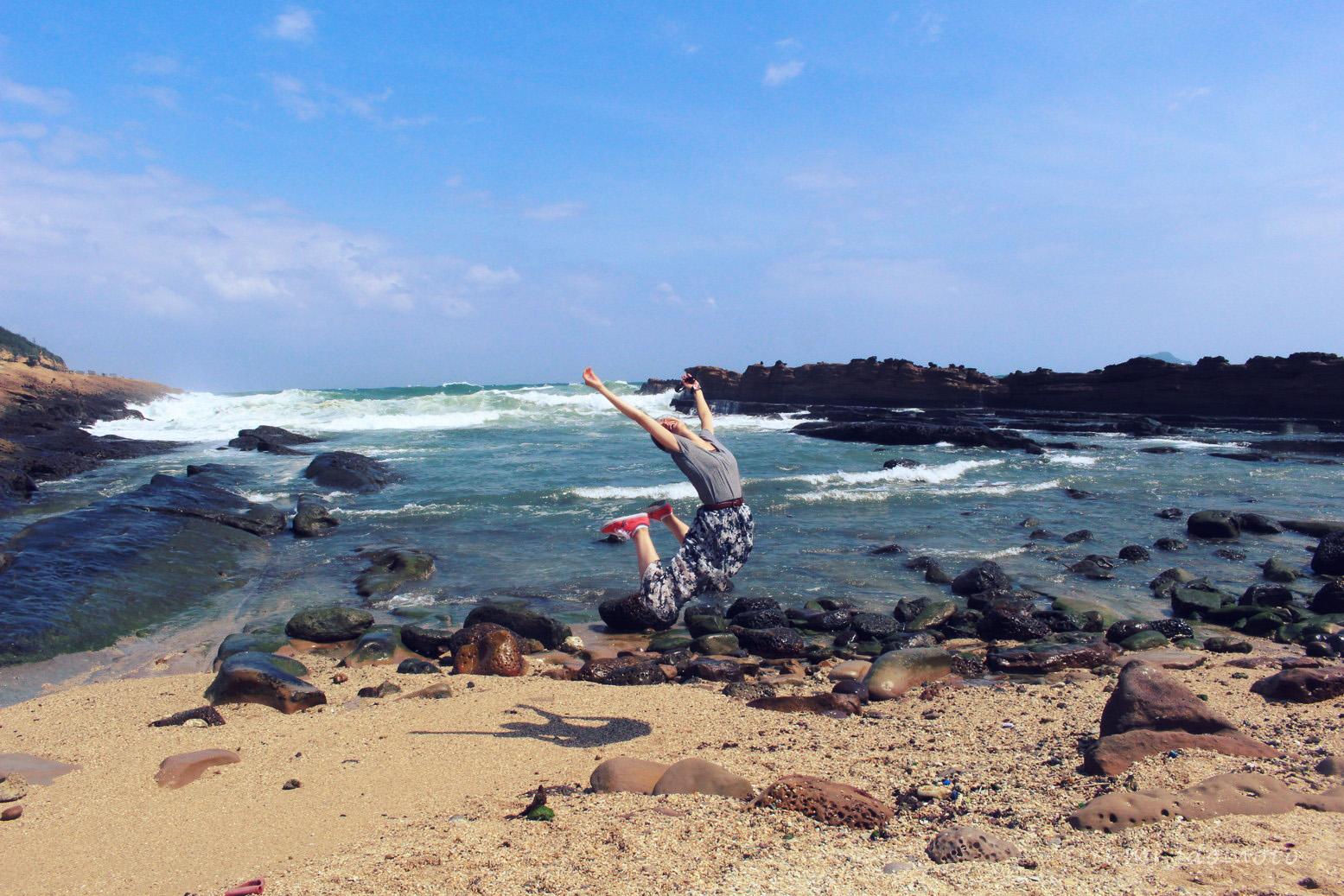 台湾旅行記-野柳(イェーリウ)-ビーチ