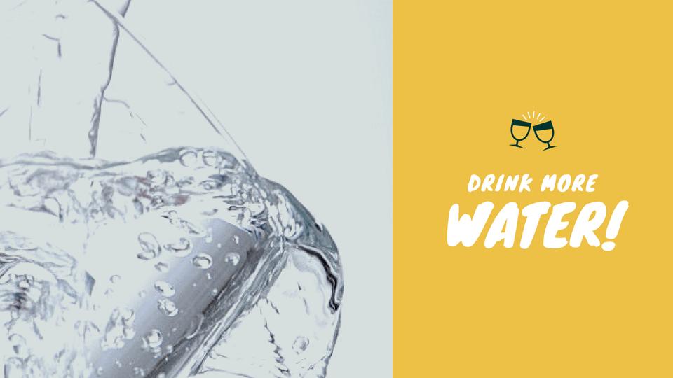 たっぷり水分補給する-即効排便を促す!腸内お花畑女の4つの便秘解消法-yumiid.com-min