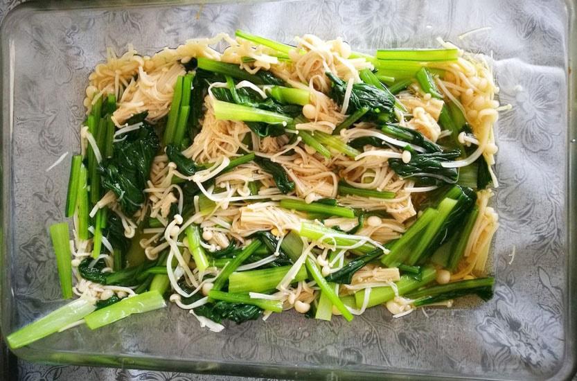 筋トレ料理教室 ~野菜をたっぷり食べようの会~-小松菜とえのきのおひたし