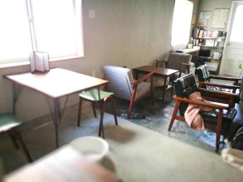 グルテンフリーのロースイーツが食べられる西荻窪のカフェ「raccoon(ラクーン)」-店内