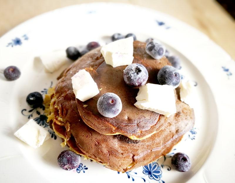 たんぱく質を忍び込ませたヘルシーおやつ:ピープロテインパンケーキ