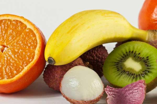 果物を食べ過ぎている-なかなか痩せないという時に陥っているかもしれない3つの間違い-yumiid.com