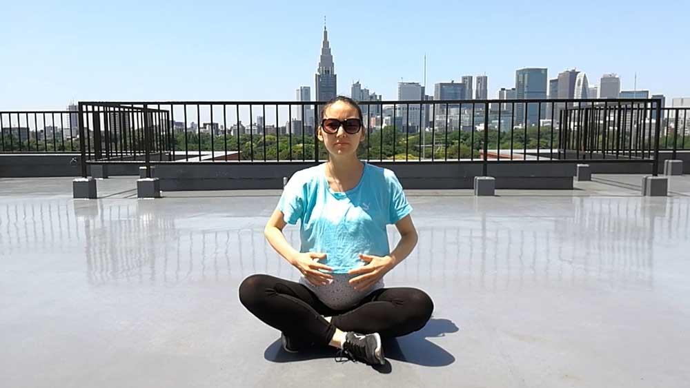 腹横筋筋トレのやり方-座り方-妊娠中に腹筋はどうやって鍛えたらいい?腹横筋の筋トレと鍛えることのメリット